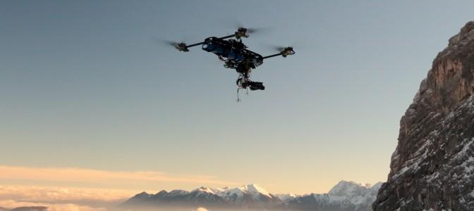 Filmdrohne beim Einsatz an der Alpspitze