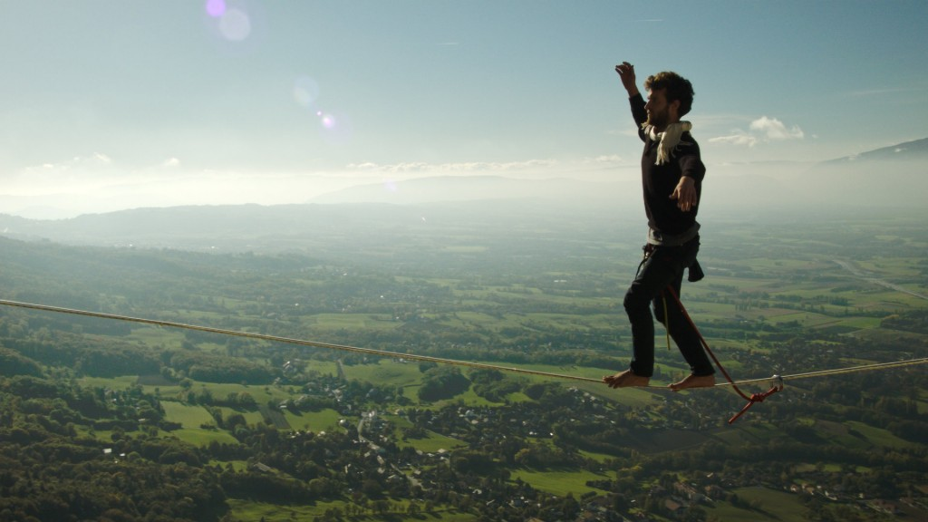 Rafael walking 65m highline filmed by octocopter by Aerovista