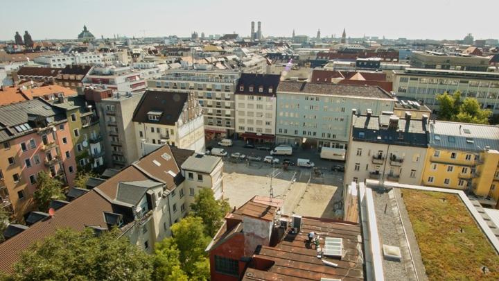 Gebäudeanimation mittels Drohnen-Luftaufnahmen der Göthestraße in München, Bayern