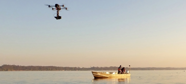 Kameradrohne mit GH5 4K Kamera im Einsatz auf dem Chiemsee für ZDF Dokumentation