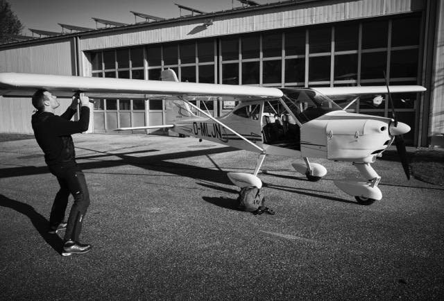 Professionelle Luftaufnahmen aus großer Höhe mit Flugzeug, München, Bayern, Aerovista